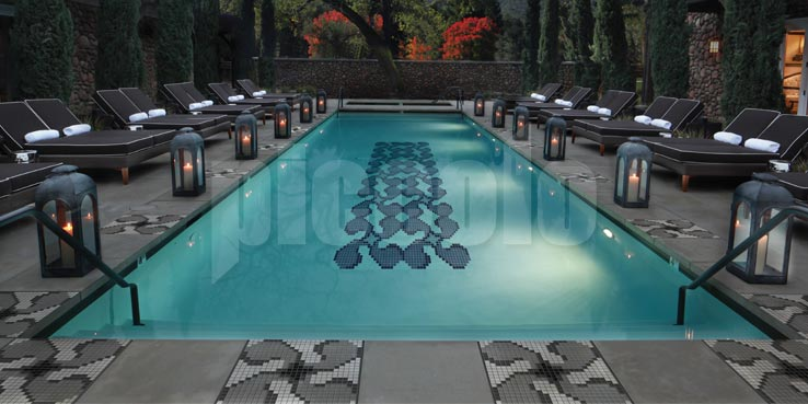 Piccolo Mosaic Application Swimmingpool